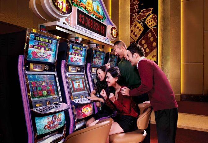 How to Play Slot Machines-the Basics | Casino Online